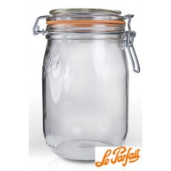 "0.75L ""Le Parfait"" Glass Jar"